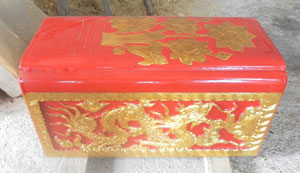 tiểu quách gỗ vàng tâm sơn son thiếp vàng mẫu 1